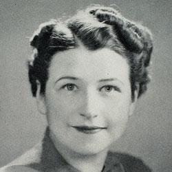 Ruth Wakefield Headshot